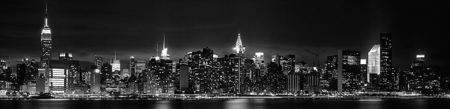 cropped-new-york-city-panoramic-skyline-night-black-and-white.jpeg