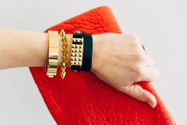 Stud-Bracelet-Fitbit